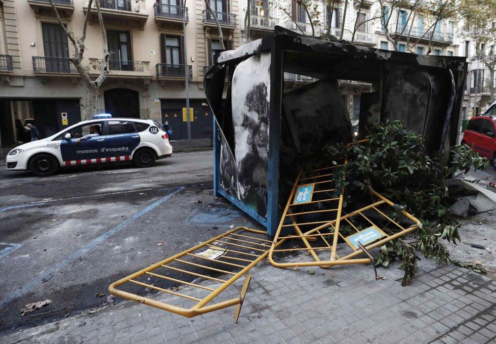 Destrozos en Barcelona tras incidentes