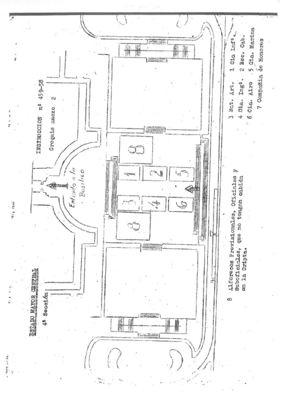 Plano de la explanada del Valle de los Caídos, donde tuvieron que situarse los alféreces provisionales, los oficiales y suboficiales que no tuvieron cabida dentro de la Cripta del Valle de los Caídos.
