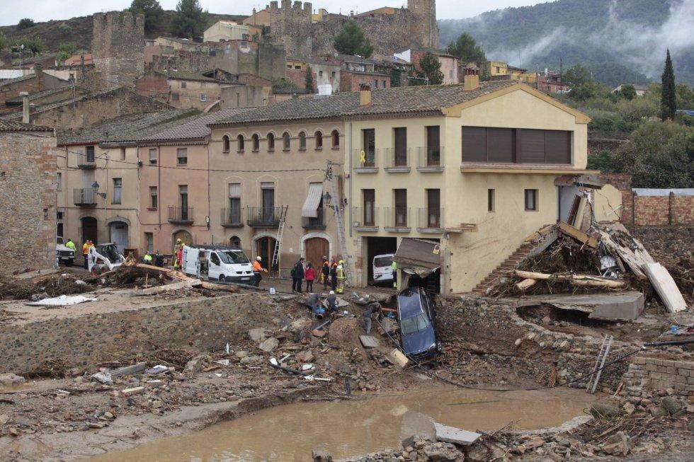 Aspecto de la población de Montblanc (Tarragona) que ha resultado gravemente afectada por las lluvias torrenciales que han caídoen Cataluña