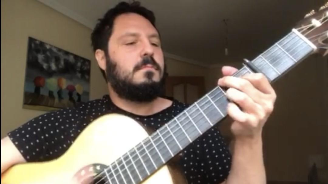 'El Kanka' recuerda a Juan Carlos Aragón cantando 'Los Millonarios'