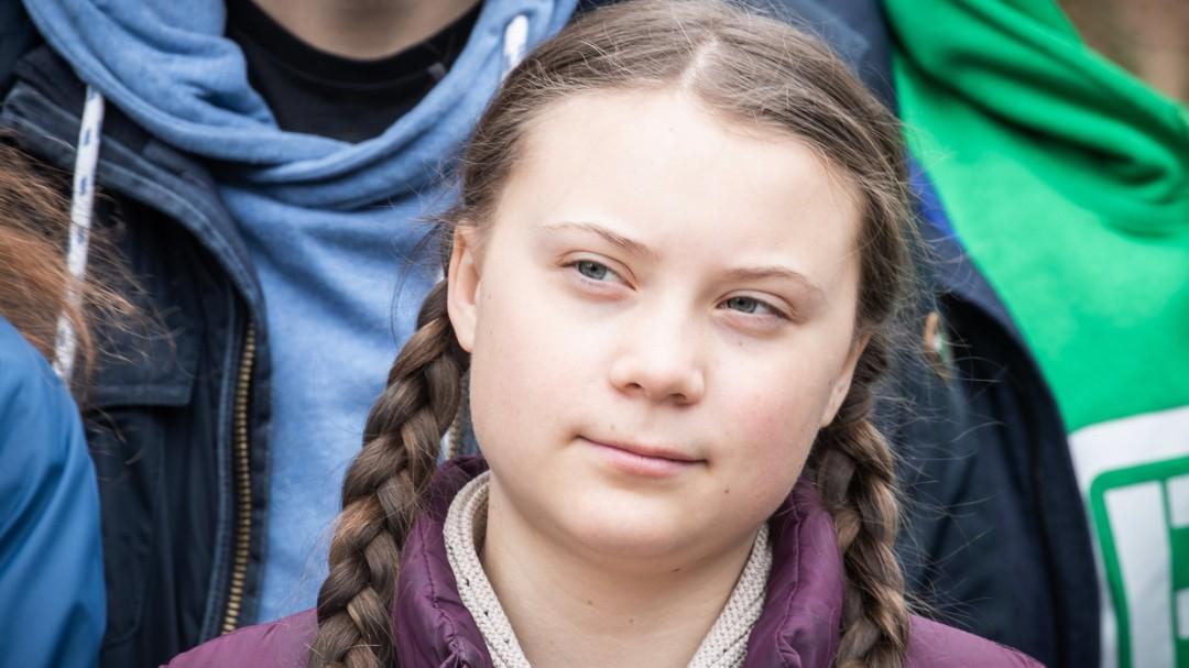 """Casi el 40% de los españoles piensan que Greta Thunberg """"es una niña manipulada"""""""