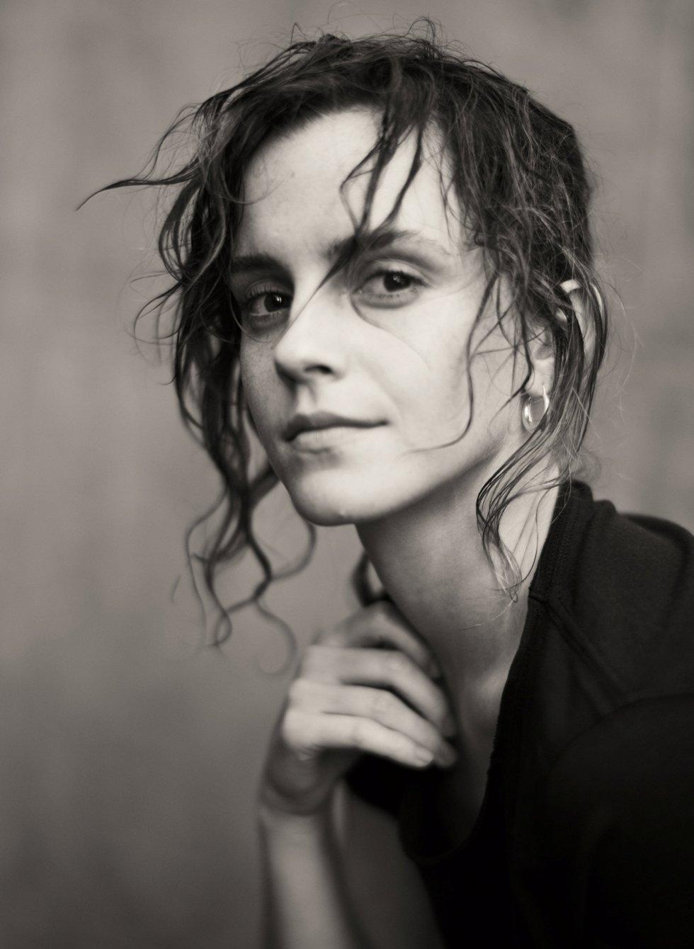 Fotografía de la actriz Emma Watson para el calendario Pirellli.