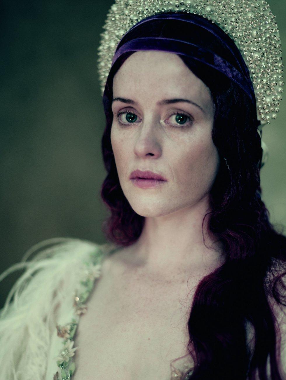 Claire Foy, conocida por haber interpretado a la reina Isabel II en las dos primeras temporadas de la serie 'The Crown'.