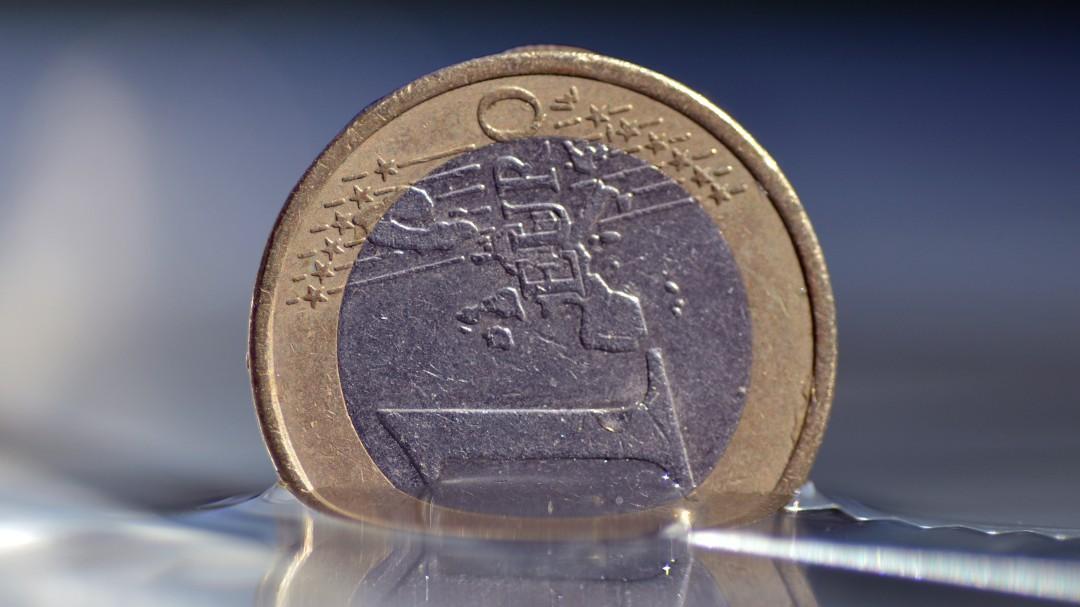 Alertan de un nuevo truco para robar coches: cuidado si encuentras una moneda en la puerta