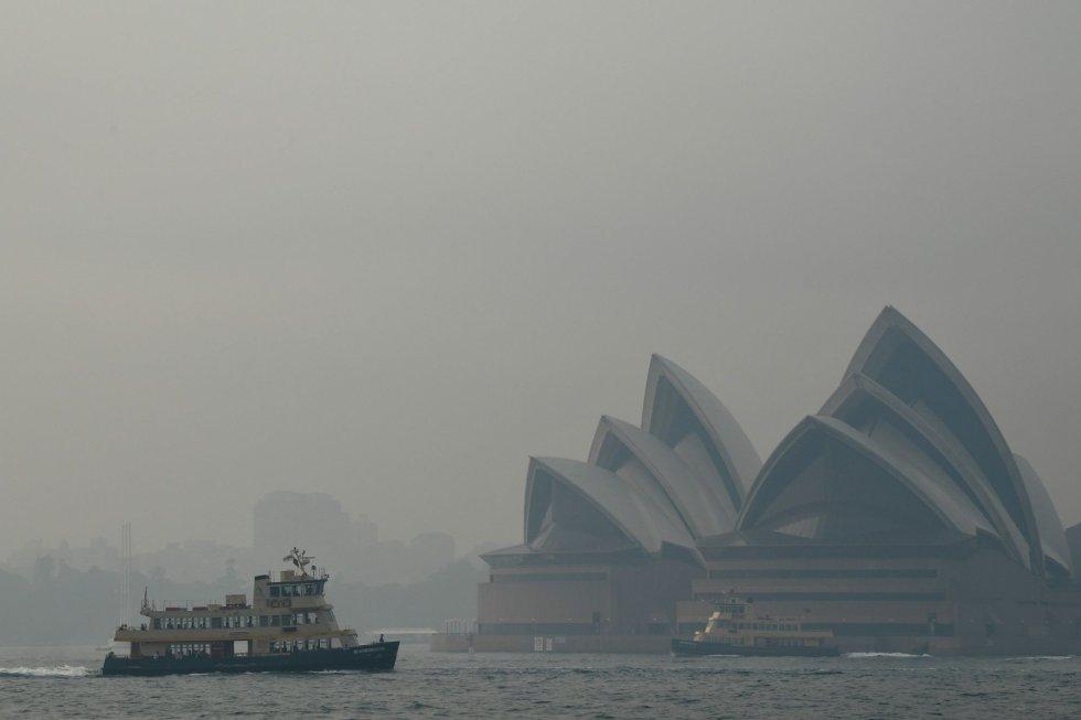 Además de Sídney, otras urbes como la vecina Newcastle o Camberra superan ahora los índices de contaminación que habitualmente se registran en Bangkok u otras megalópolis asiáticas castigadas frecuentemente con altos niveles de polución, de acuerdo al Índice Mundial de la Calidad del Aire.