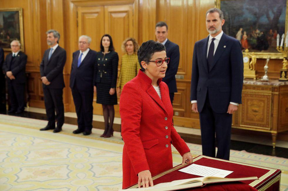 Arancha Gonzalez Laya,nueva ministra de Asuntos Exteriores, Unión Europea y Cooperación, promete su cargo ante el rey.