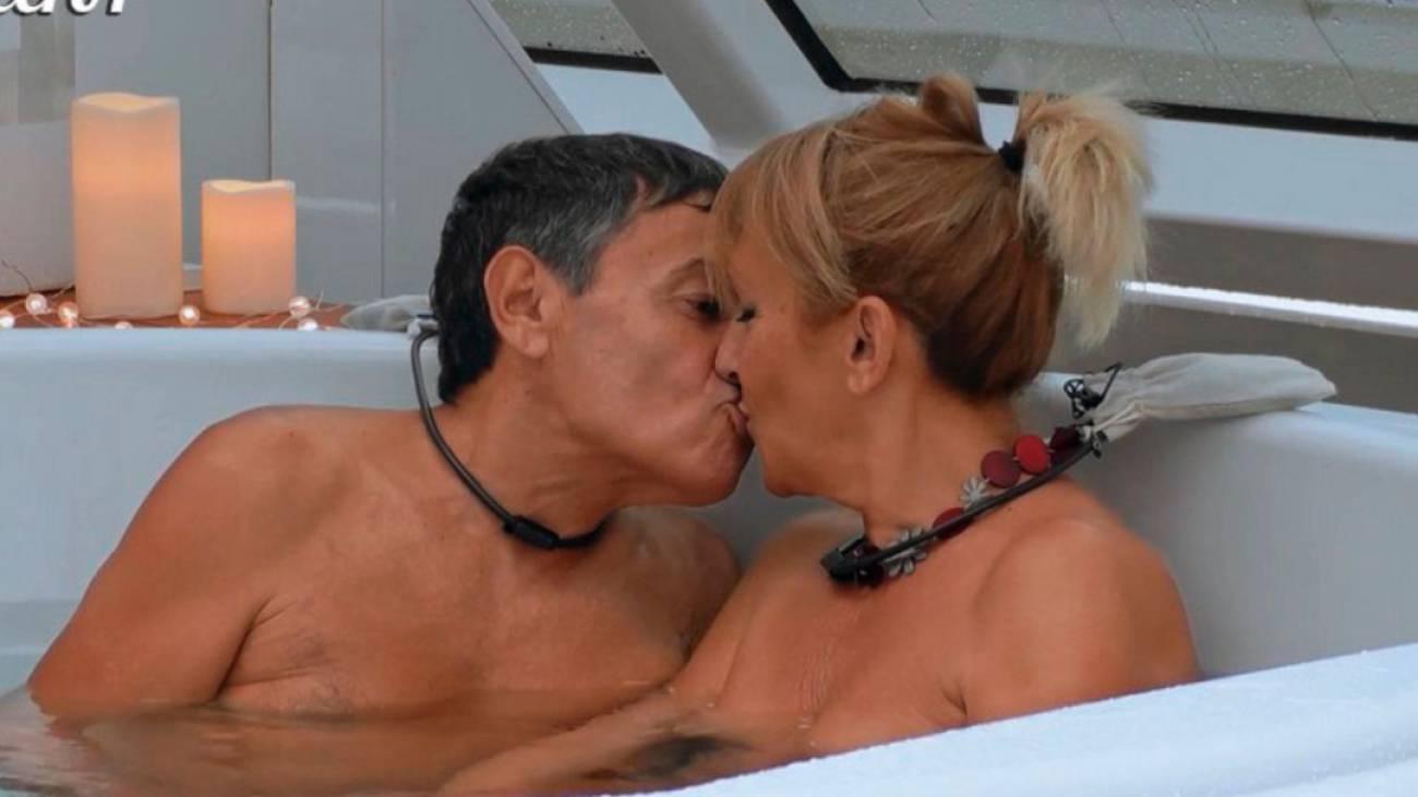 Ana Rosa Quintana Follando first dates: crucero' muestra a dos solteros desnudos en el