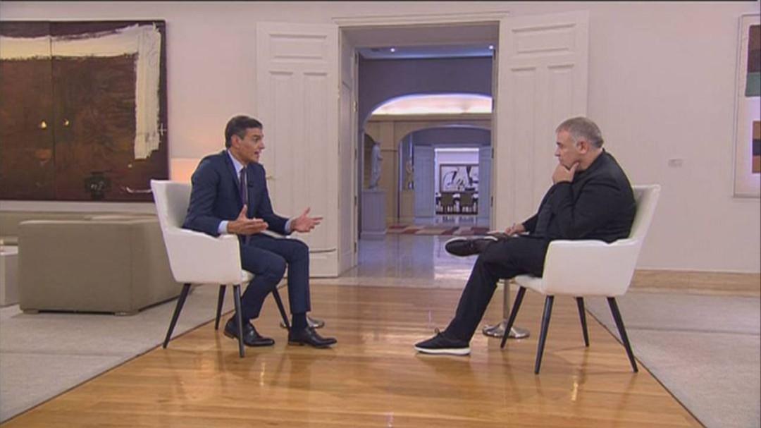 La Junta Electoral multa a Sánchez con 500 euros por su entrevista en Moncloa