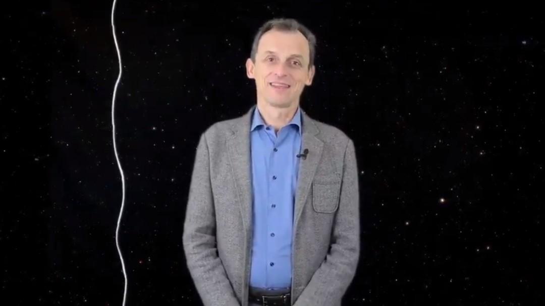 Pedro Duque responde con un vídeo explicativo a una pregunta científica de 'La Resistencia'