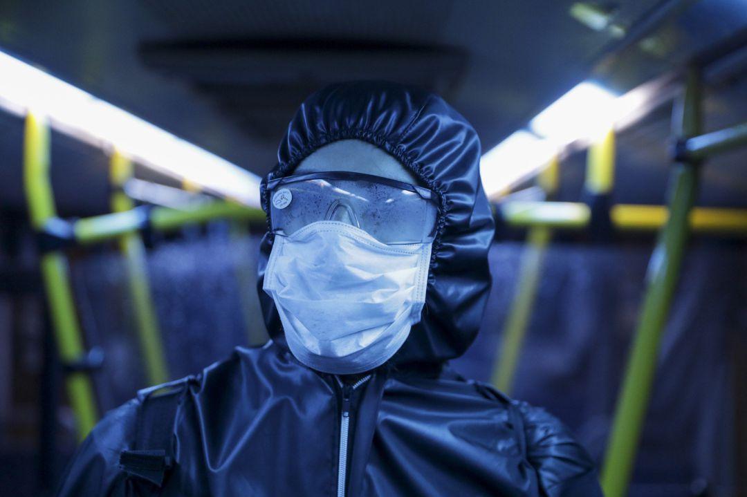 Así se contagia el coronavirus y cómo se puede evitar
