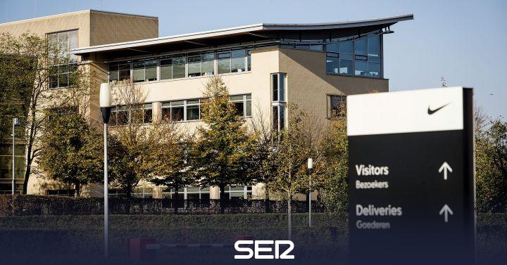 águila Calumnia mitología  Nike cierra su sede europea tras el contagio por coronavirus de uno de sus  empleados | Economía | Cadena SER