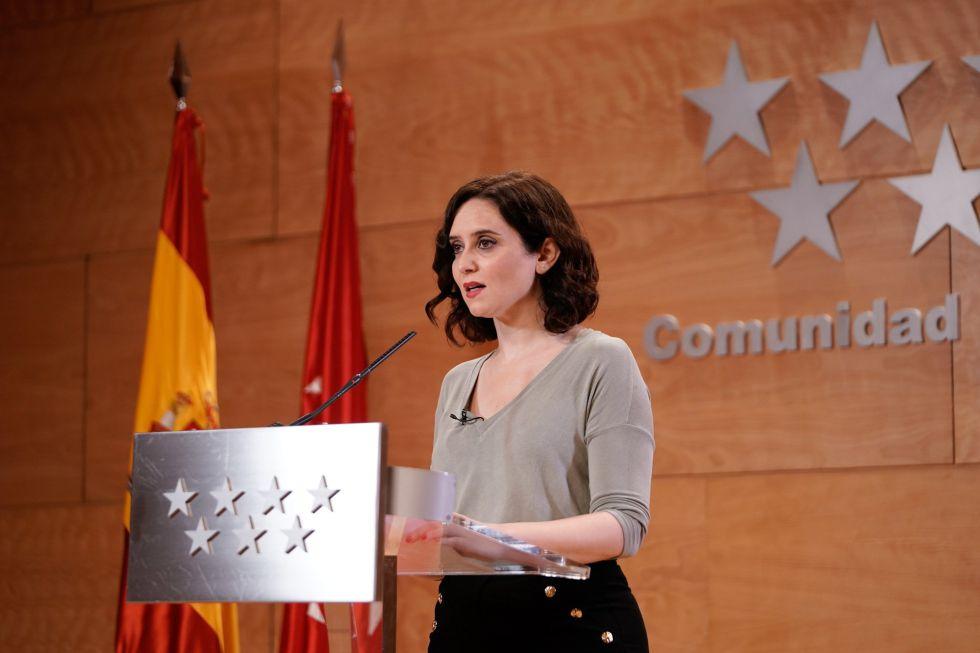Isabel Díaz Ayuso, presidenta de la Comunidad De Madrid, ha sido de las últimas figuras políticas en comunicar su positivo, lo ha hecho este lunes a través de su cuenta de Twitter.
