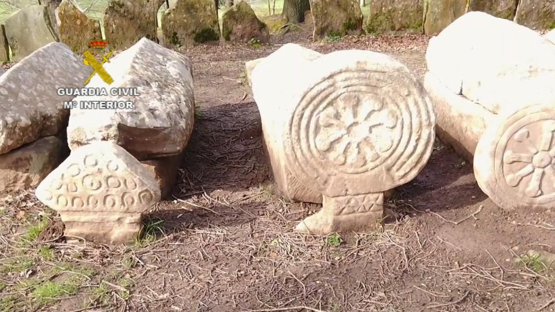 Recuperadas 6 estelas funerarias expoliadas, una de ellas de Guadalajara