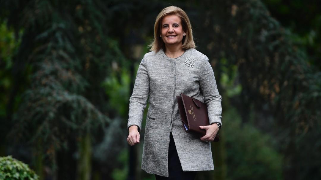 La CEOE ficha a la exministra de Empleo Fátima Báñez