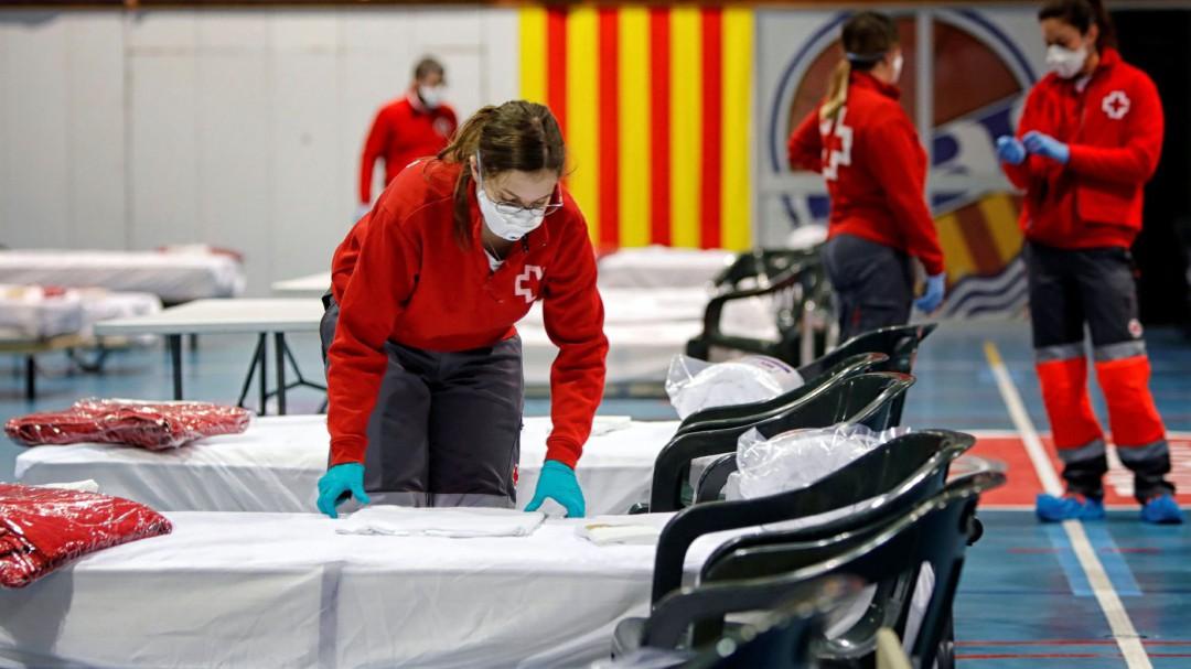 España supera a Italia en número de contagios: 7.472 nuevos casos y 932 muertos durante las últimas 24 horas