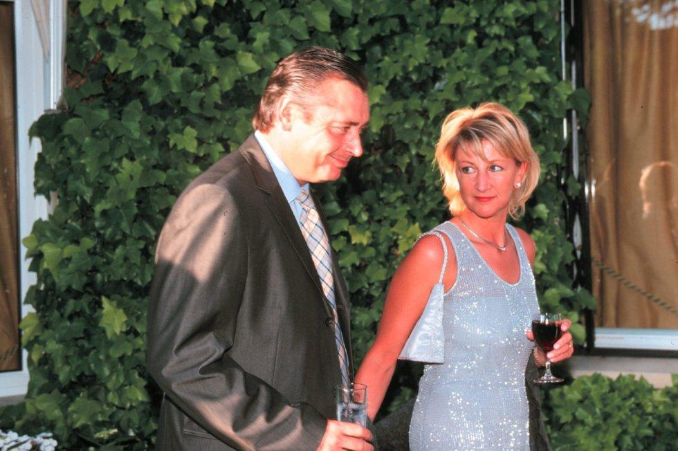Michael Robinson junto a su mujer Christine en una recepción del Príncipe Andrés de Inglaterra, en Madrid en junio del 2000.