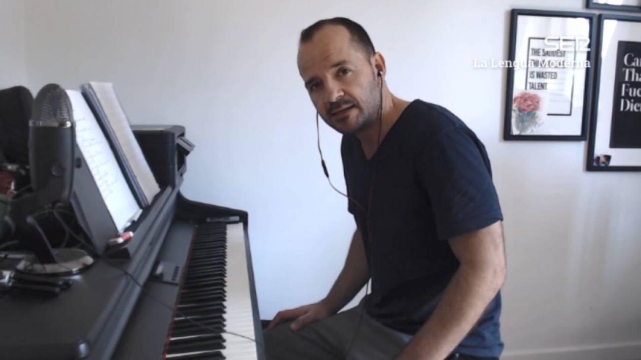 Ángel Martín compone un himno para los grandes fracasados de esta cuarentena | La lengua moderna | Cadena SER