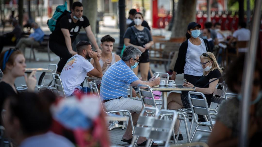 """Sanidad podría """"devolver a Ceuta a la fase 0"""" por un repunte de contagios tras varias fiestas"""