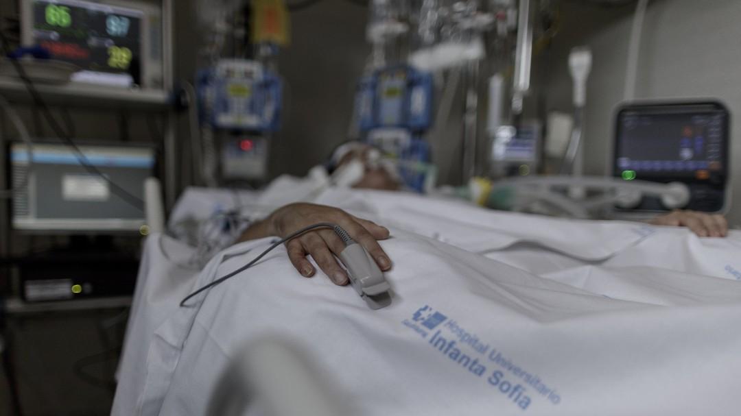 La Fiscalía de Madrid investiga el criterio para cribar qué pacientes ingresaban en la UCI en los hospitales