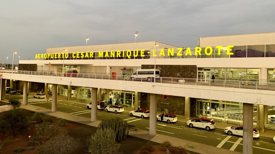 Aterriza en Lanzarote un hombre con coronavirus en un vuelo procedente de Madrid