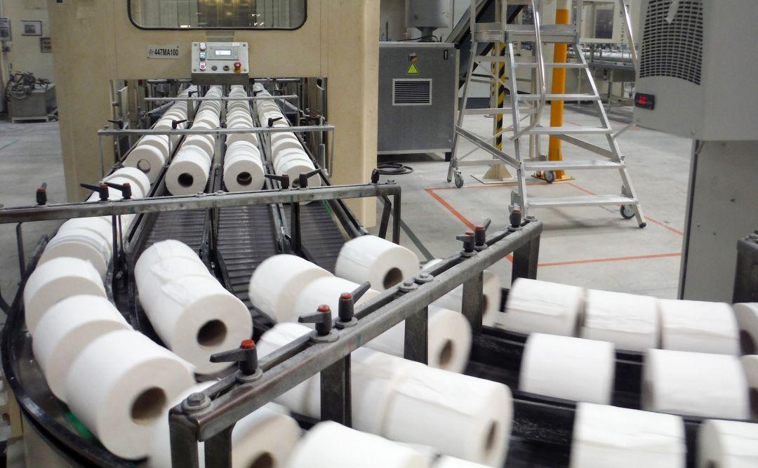 Así vivieron la histeria por el papel higiénico en la mayor fábrica de  España | Sociedad | Cadena SER