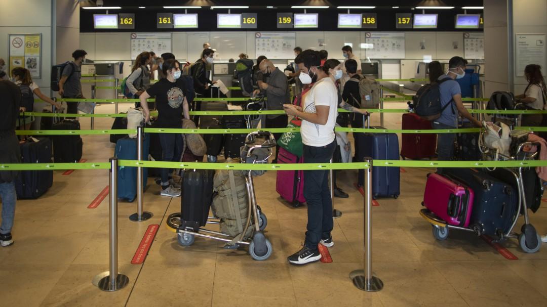 España abre este sábado sus fronteras a 12 países de fuera de la UE