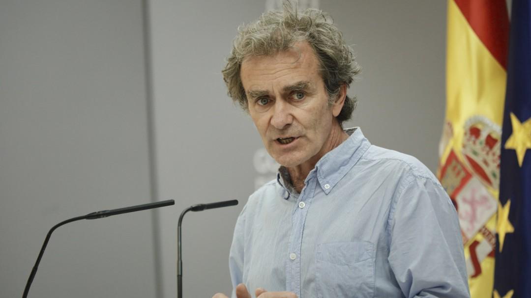 """Fernando Simón reconoce que no plancha las camisas: """"En mi casa no sé ni dónde está la plancha"""""""
