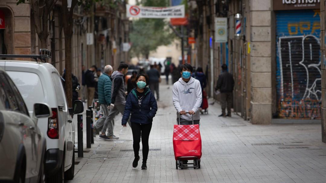 Cataluña registra 816 nuevos casos de COVID-19 y suma otra víctima mortal