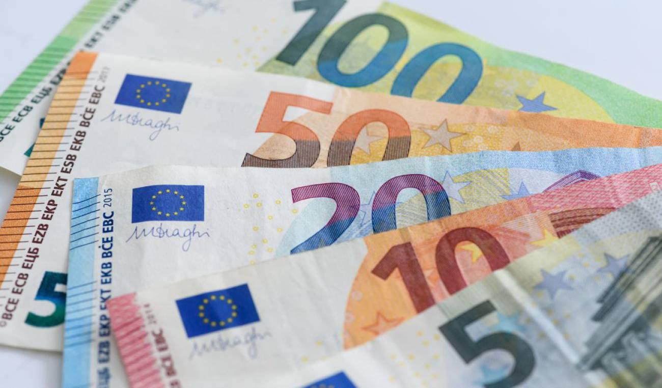 Los consejos de la Policía Nacional para identificar un billete falso en cuestión de segundos
