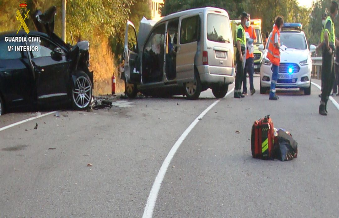 Accidente mortal en la PO-261 en Covelo