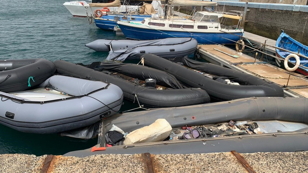 Al menos 50 fallecidos en dos pateras que se dirigían a la costa de Canarias