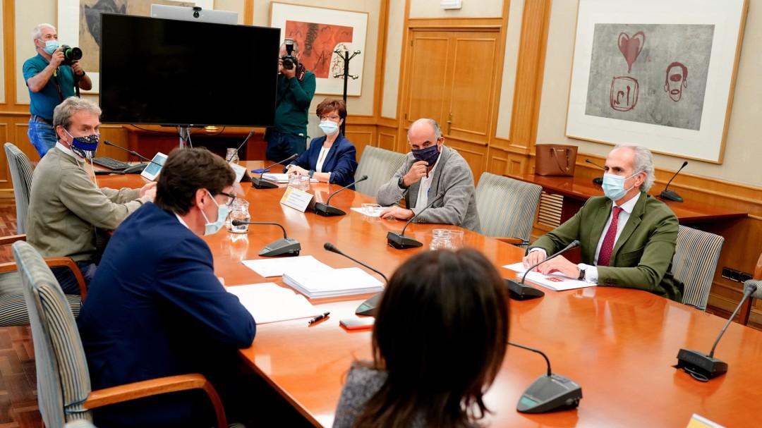 La reunión entre Salvador Illa y el consejero madrileño de Sanidad termina sin acuerdo