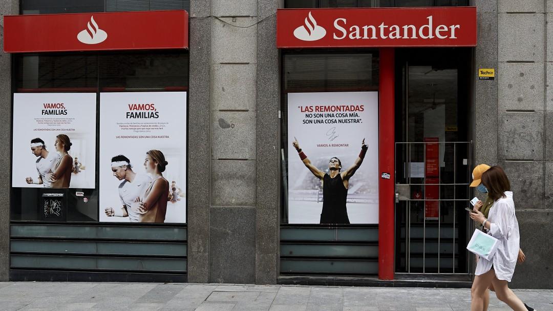 Nueva estafa relacionada con Bankia y Santander: quieren acceder a tu cuenta bancaria y robarte el dinero
