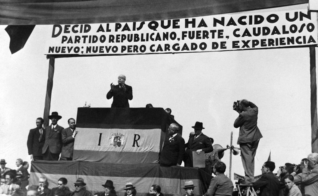 El Congreso homenajeará a Manual Azaña, presidente de la Segunda República, con el único voto en contra de Vox | Política | Cadena SER