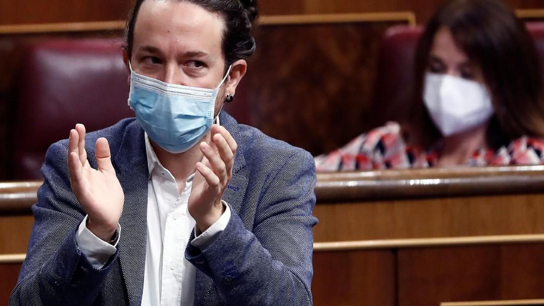 """""""Brillante"""": Pablo Iglesias se rinde al discurso de Pablo Casado, pero le deja un aviso"""