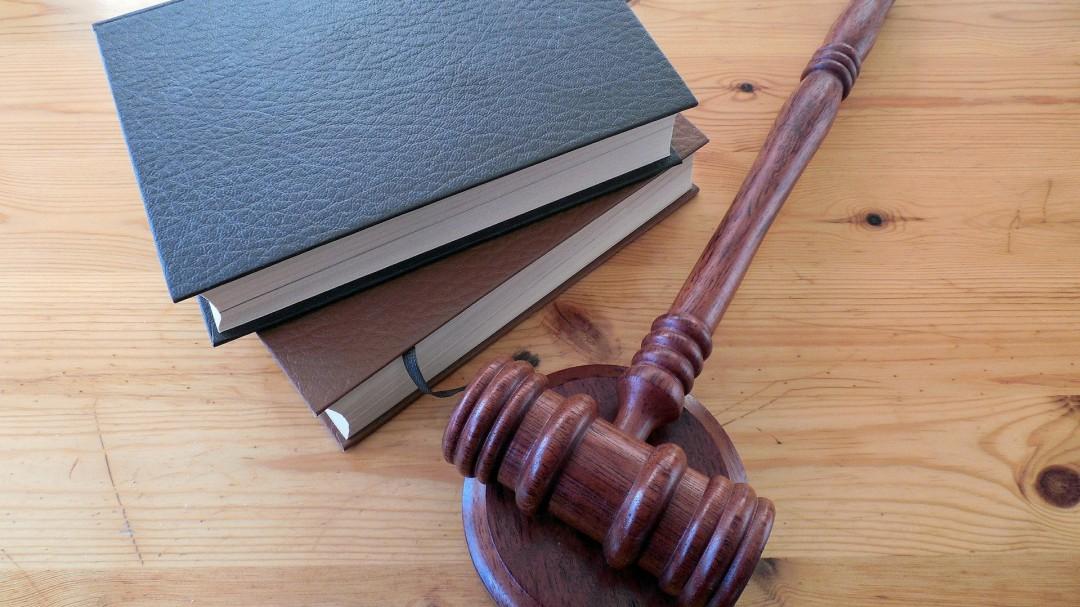 La Xunta suspende dos programas pioneros que evitan el colapso judicial
