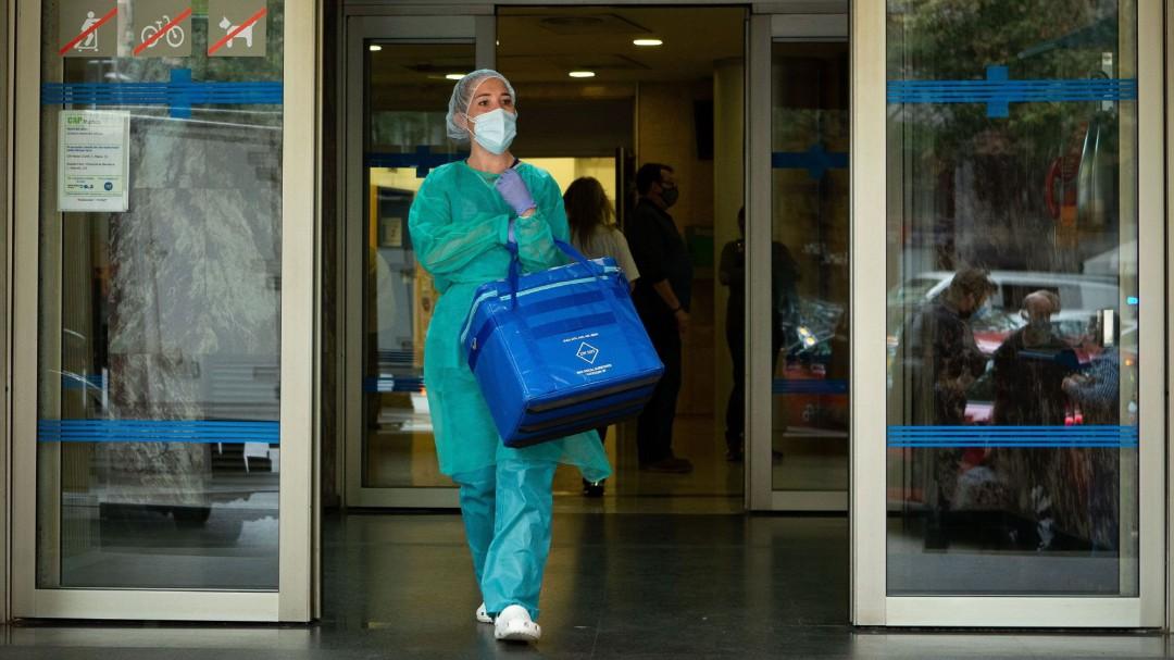 La segunda ola sigue desbocada: Sanidad comunica 267 fallecimientos y 18.418 nuevos contagios por coronavirus