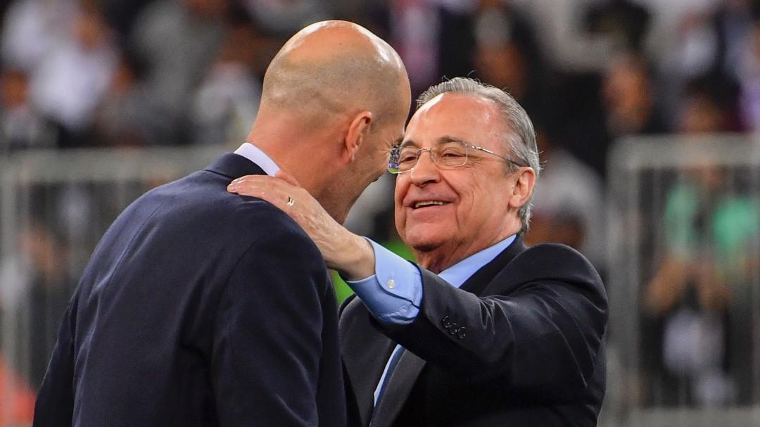 La increíble petición de Zidane a Florentino a su llegada al Madrid que pudo cambiar su historia en el club