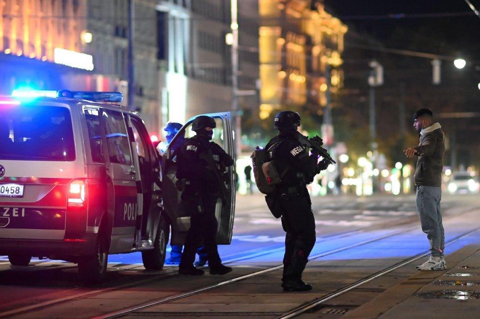 La ópera nacional de Viena está cerca de uno de los escenarios de los atentados de este lunes: la sinagoga Stadttempel'