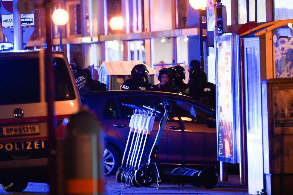Al menos tres personas han fallecido tras los atentados de este lunes en Viena