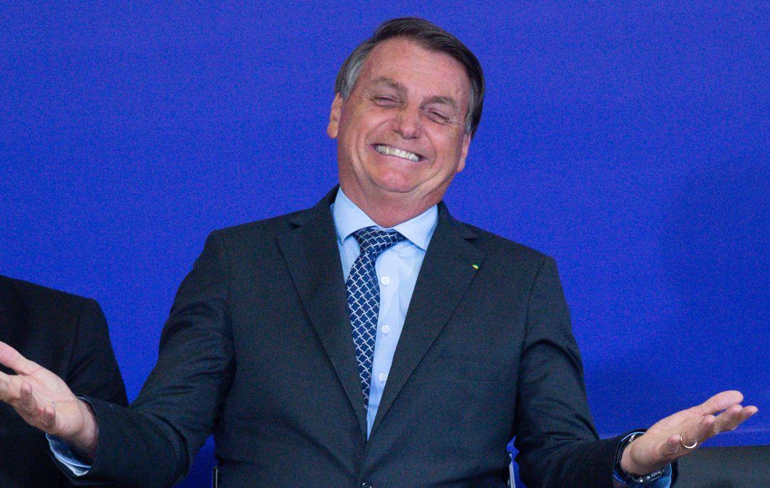 """Bolsonaro pide a Brasil que deje de ser """"un país de maricas"""" y luche contra  la COVID-19 con """"el pecho abierto""""   Internacional   Cadena SER"""