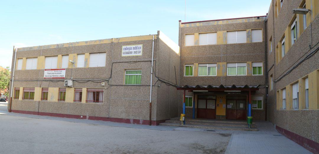 Leganés Invierte 5 2 Millones En Cambiar Las Ventanas De 20 Colegios Para Mejorar La Ventilación De Las Aulas Ser Madrid Sur Hora 14 Madrid Sur Cadena Ser