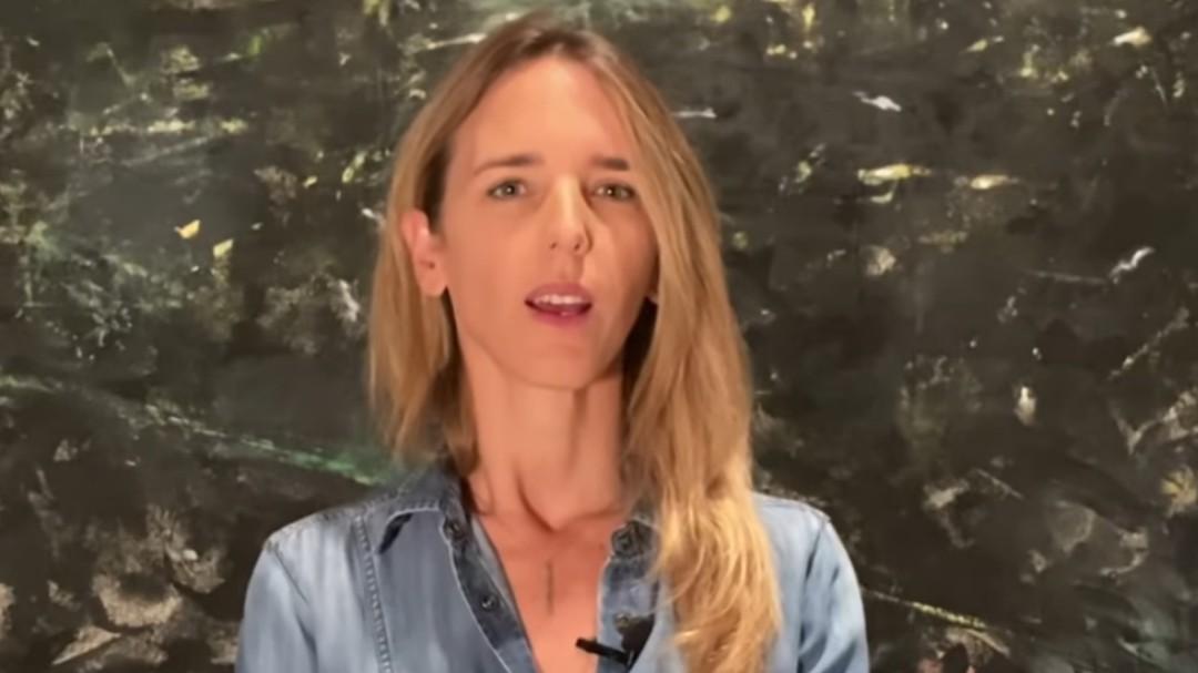 Álvarez de Toledo incendia las redes tras negar la violencia machista