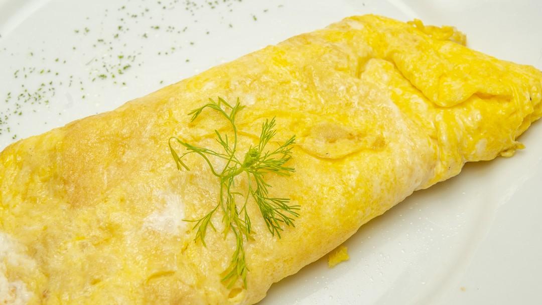 El truco para hacer la tortilla francesa de Dabiz Muñoz: nunca lo haces, es sencillo y el resultado es brutal