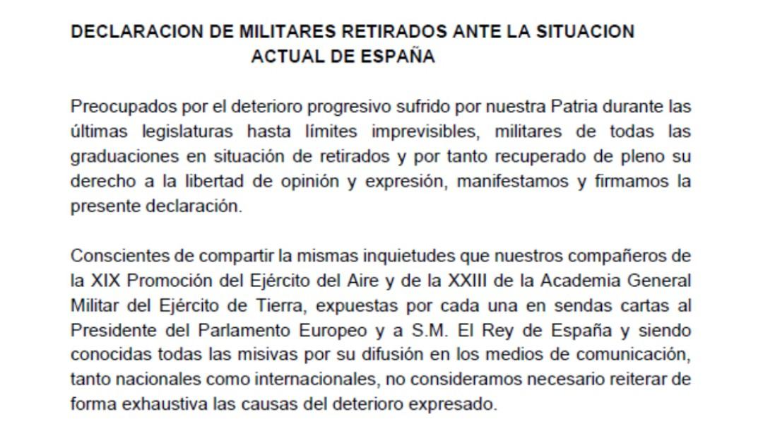 """Más de 250 exmilitares firman un manifiesto para advertir de que la """"unidad de España está en peligro"""""""