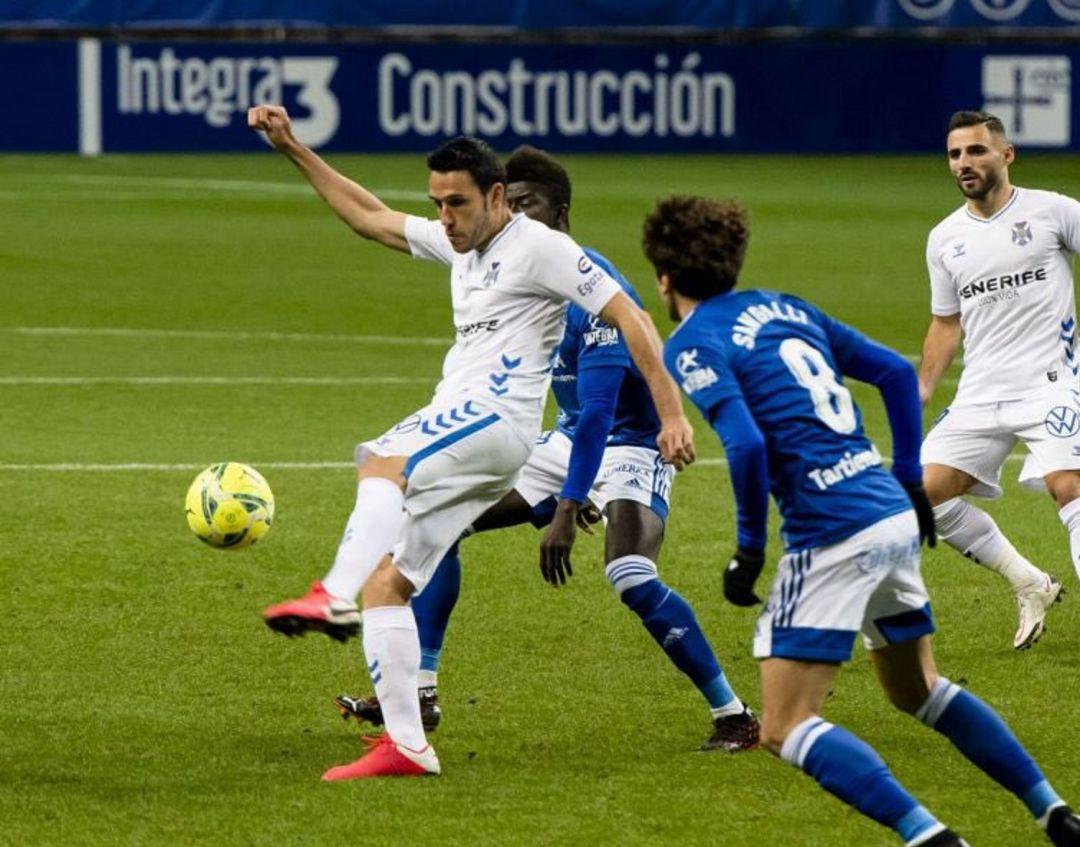 El Tenerife paga el esfuerzo y cae ante el Real Oviedo en el Tartiere (4-2) | Radio Club Tenerife | Actualidad | Cadena SER