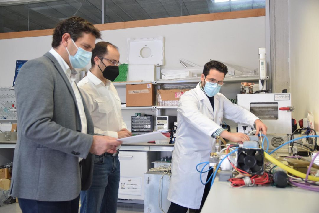 Juan David Reverte, en el laboratorio.