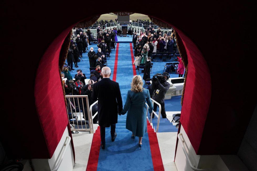 Joe Biden y Jill Biden llegan al acto de toma de posesión.