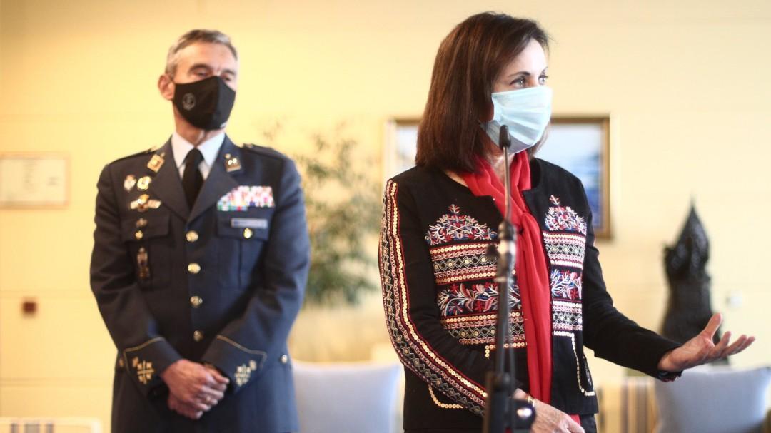 Interior cesa al enlace de la Guardia Civil en el Estado Mayor de la Defensa por vacunarse