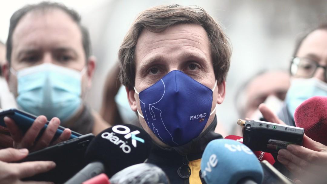 """Almeida, a favor de la vacunación del JEMAD y el Gobierno: """"No nos podemos quedar descabezados"""""""